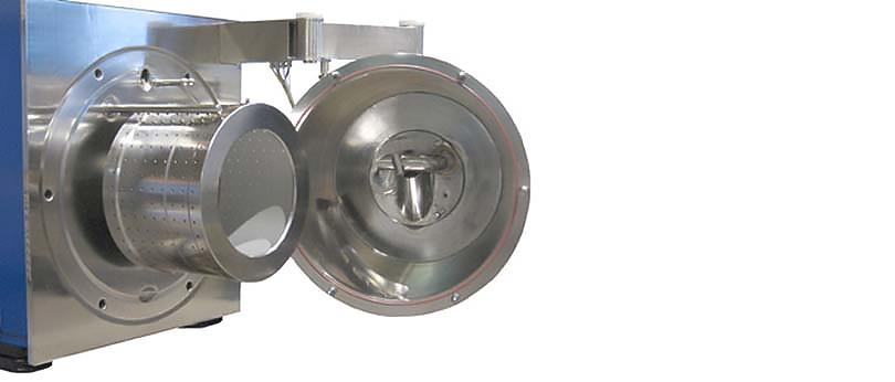 Blick auf Rotor und Prozessgehäuseinnenseite der Horizontalschälzentrifuge PharmaCent P 63 Ph